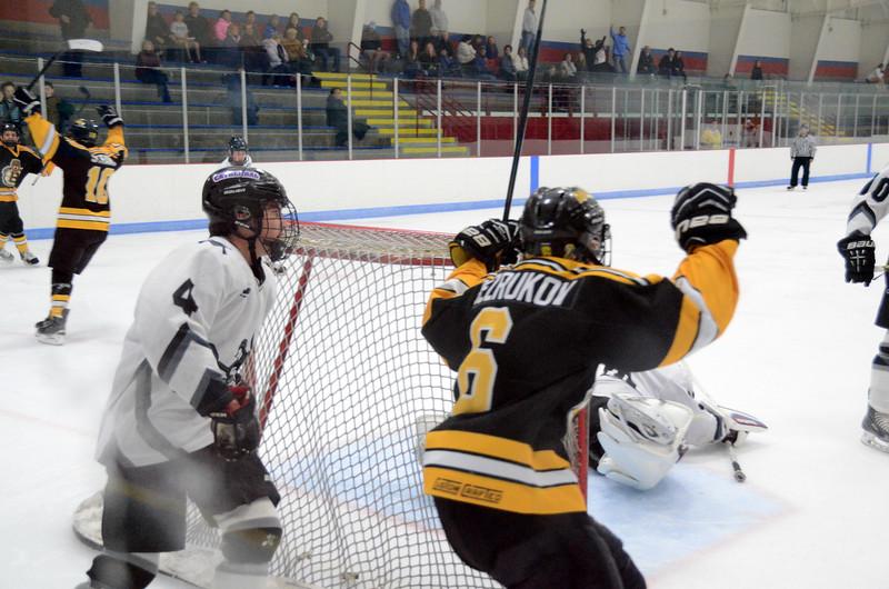 141005 Jr. Bruins vs. Springfield Rifles-071.JPG