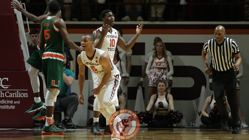 Justin Robinson (5) reacts after he is whistled for his 4th foul in the second half. (Mark Umansky/TheKeyPlay.com)