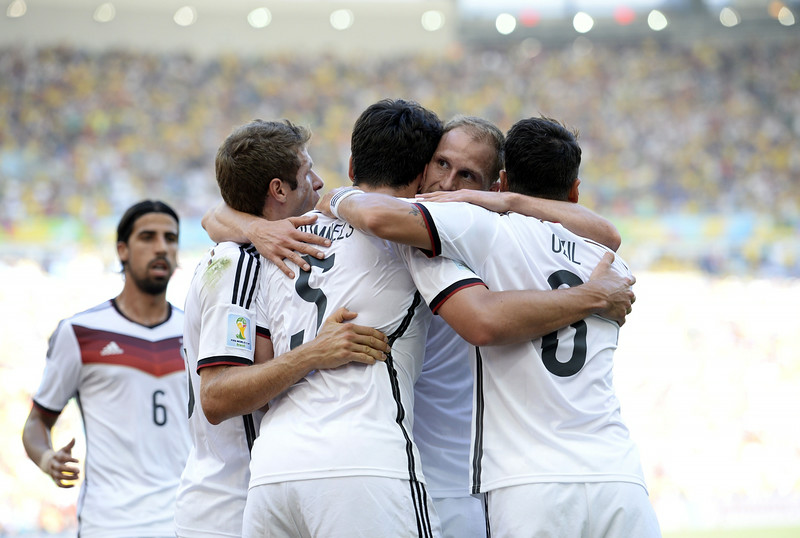 . Germany\'s defender Mats Hummels (C) celebrates with his teammates after scoring a goal during the quarter-final football match between France and Germany at the Maracana Stadium in Rio de Janeiro during the 2014 FIFA World Cup on July 4, 2014. (FRANCK FIFE/AFP/Getty Images)