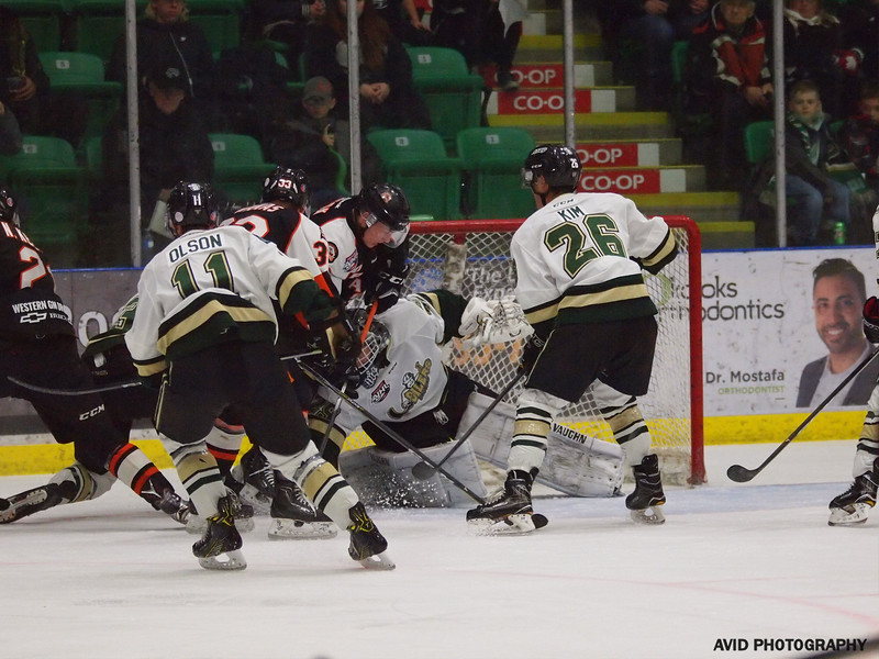 Okotoks Oilers vs Drumheller Dragons. Nov4th (19).jpg