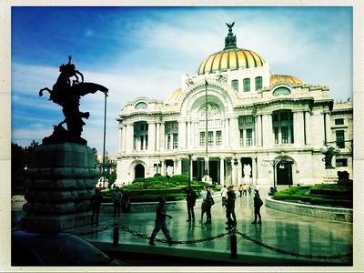Feliz Navidad From Mexico City