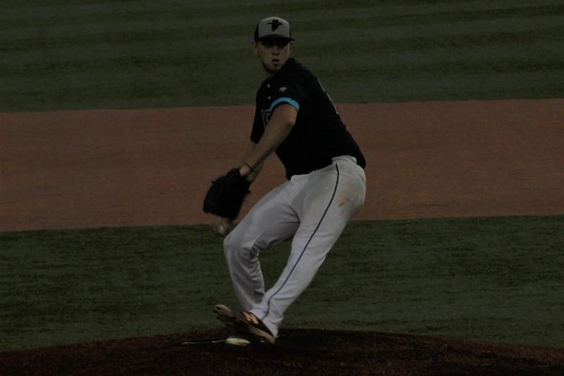 #22 Caleb Eder Pitching.jpg