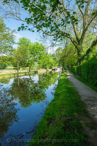 Ripon canal 7 May 18-52.jpg
