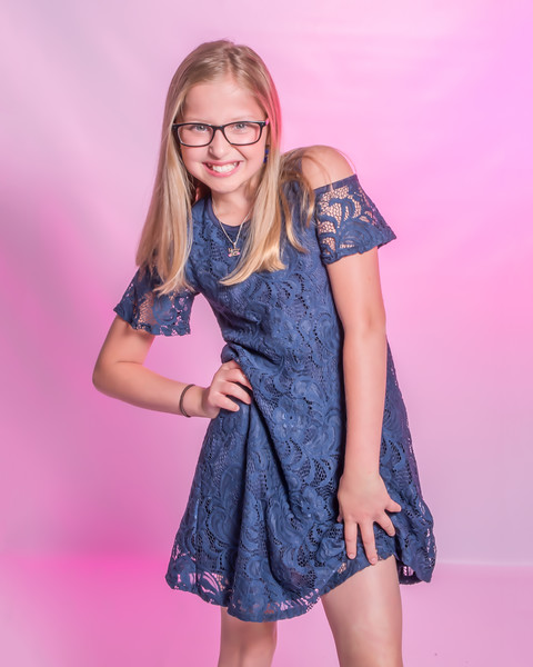 Alexis 5th Grade Pics.jpg