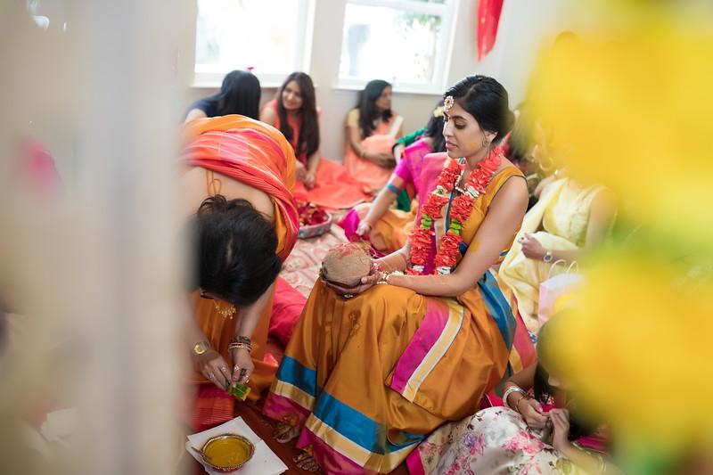 Hina_Pithi_Pooja-168.jpg