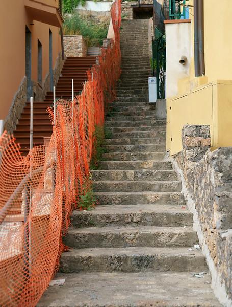 08_19 stefano stairs DSC04920.JPG