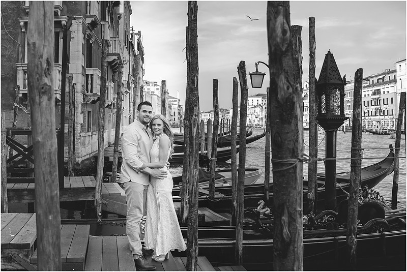 Fotografo Venezia - Elopement in Venice - Honeymoon in Venice - photographer in Venice - Venice honeymoon photographer - Venice photographer - Elopement Venice photographer - 9.jpg