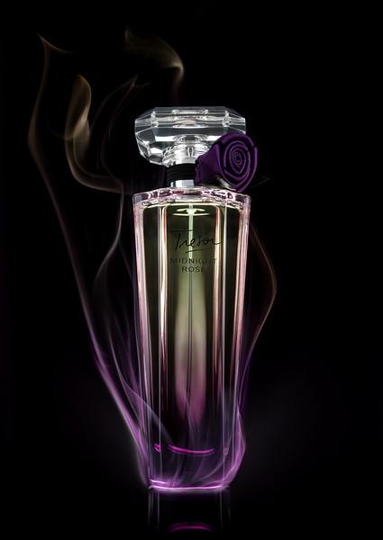 Photigy1-ProCorner-perfume-smoke1220-369.jpg