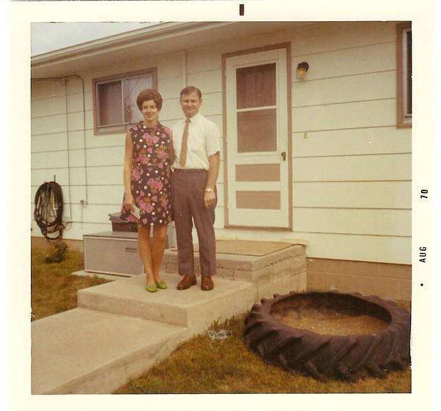 1970-08-Carol&Chuck.jpg