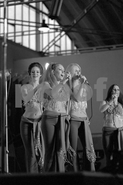 Dingaling dancers performing with Bob Hope for the United States military forces on his Dec. 18, 1970 USO tour in Fleigerhorst, Germany.