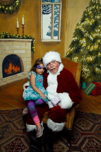 Pictures with Santa Earthbound 12.2.2017-123.jpg