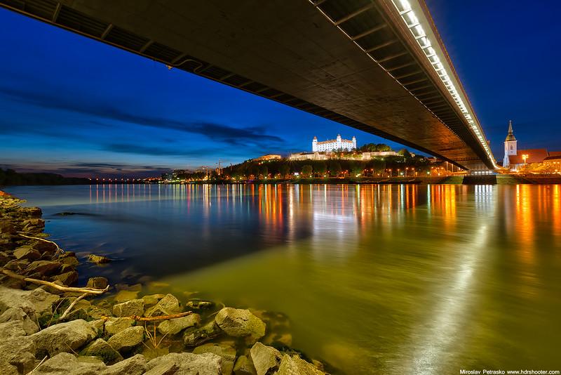 Bratislava_DSC0215-web.jpg