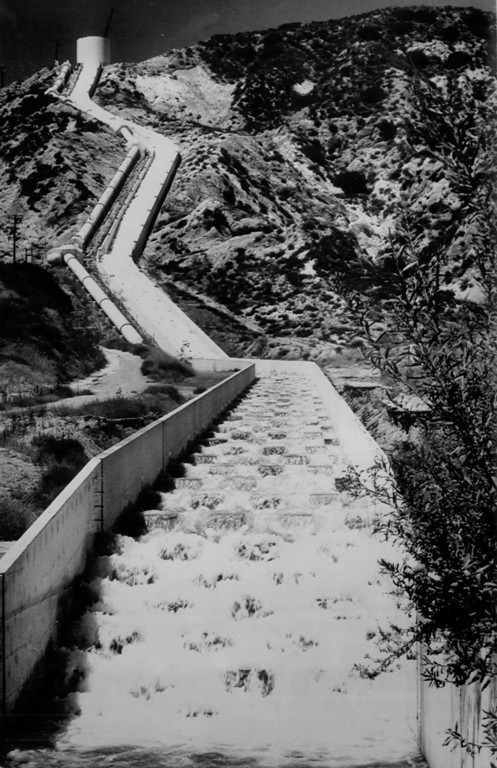 . The Los Angeles Aqueduct cascades are located at the southern end of the aqueduct in Sylmar, August 3, 1986.   (Los Angeles Daily News file photo)