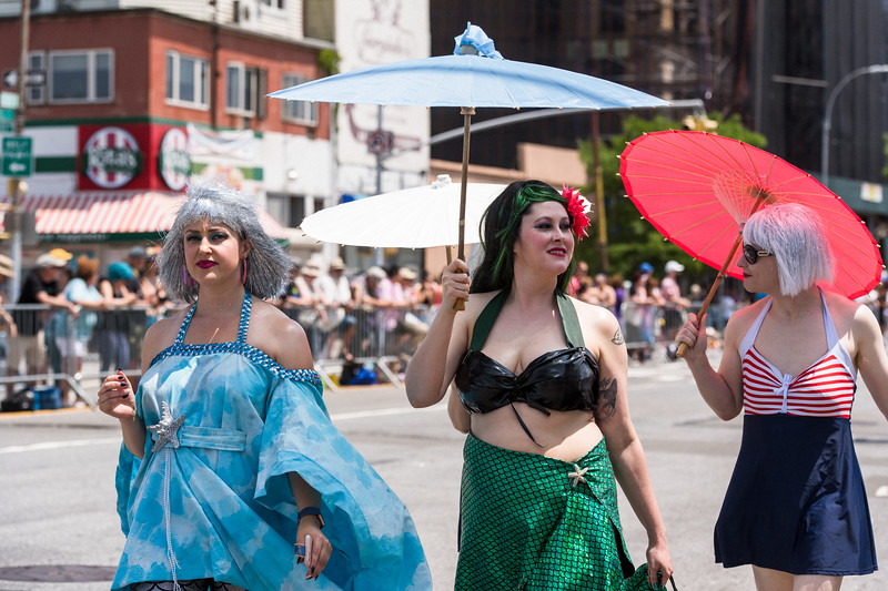 2019-06-22_Mermaid_Parade_1370.jpg