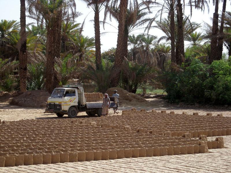 shipping dry mud bricks