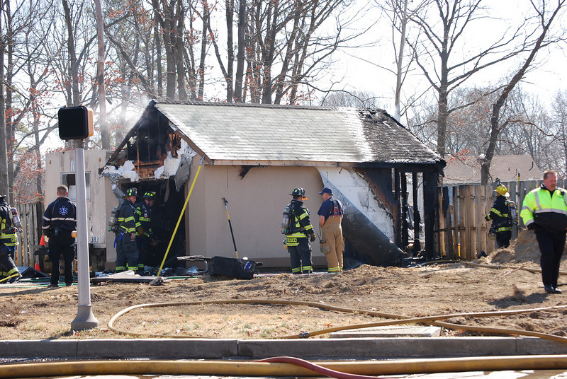 2-24-2009 (Camden County) GLOUCESTER TWP - 1750 Pine Hill/Erial Rd - Structure Fire