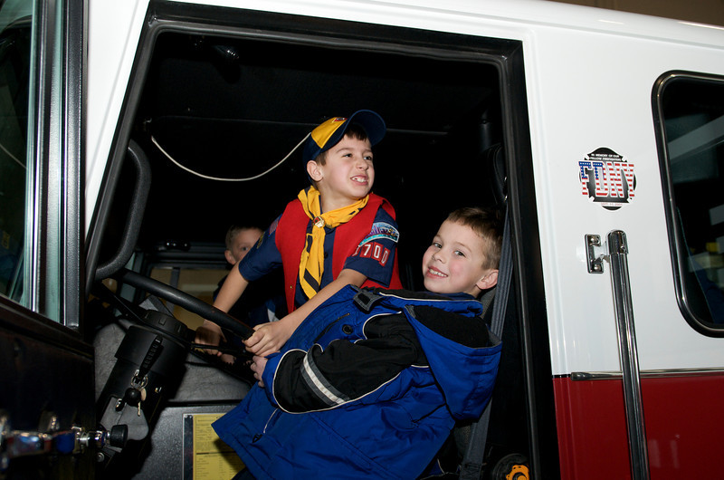 Cub Scout Police Station  2010-01-13  37.jpg