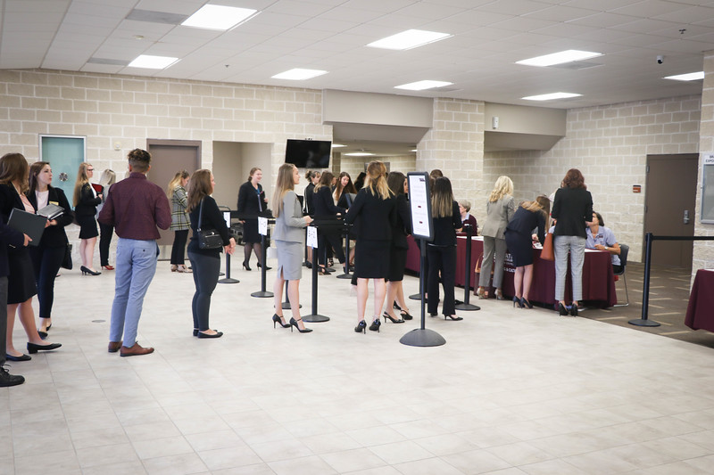 2019_EducationCareerFair-47.jpg