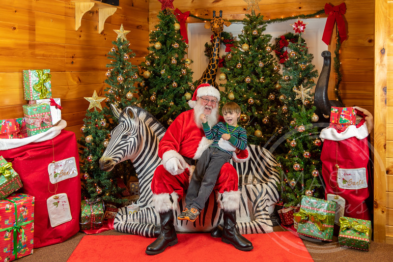 2019-12-01 Santa at the Zoo-7538.jpg