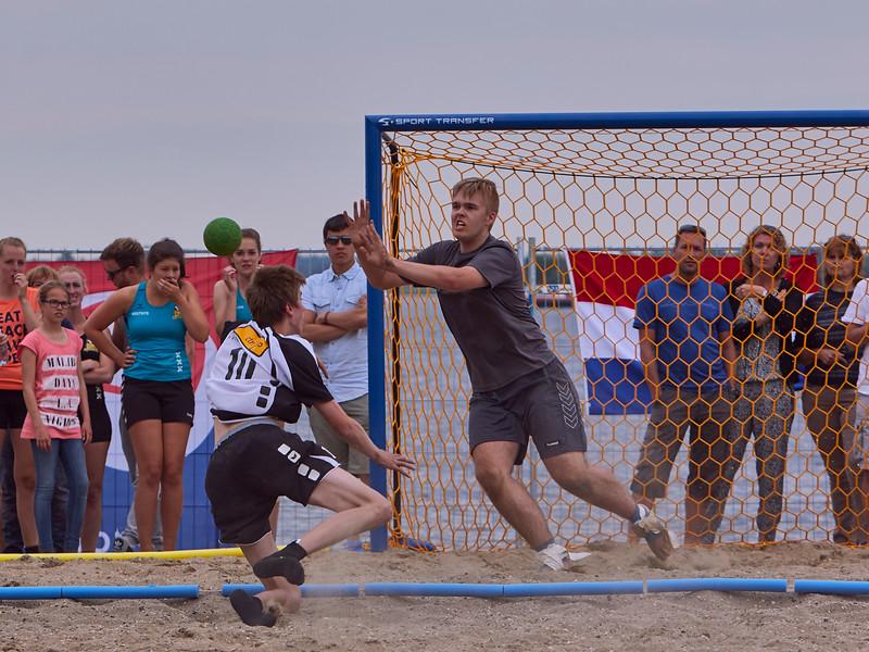 Molecaten NK Beach Handball 2015 dag 2 img 379.jpg