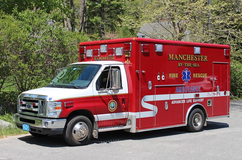 Ambulance 1 2011 Ford E-450 / Wheeled Coach