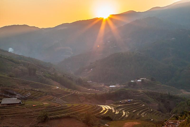 Sapa Rice Terraces Sun BeamsIMG_6627.jpg