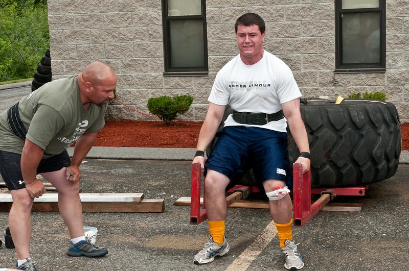 Fitness Revolution Strongman Challenge 2011_ERF3826.jpg