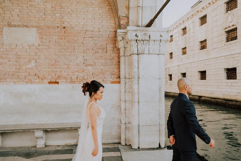 Tu-Nguyen-Destination-Wedding-Photographer-Dolomites-Venice-Elopement-230.jpg