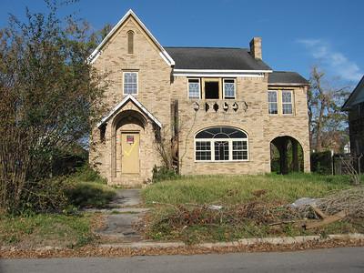 GILDA'S HOME: THE EARLY YEARS