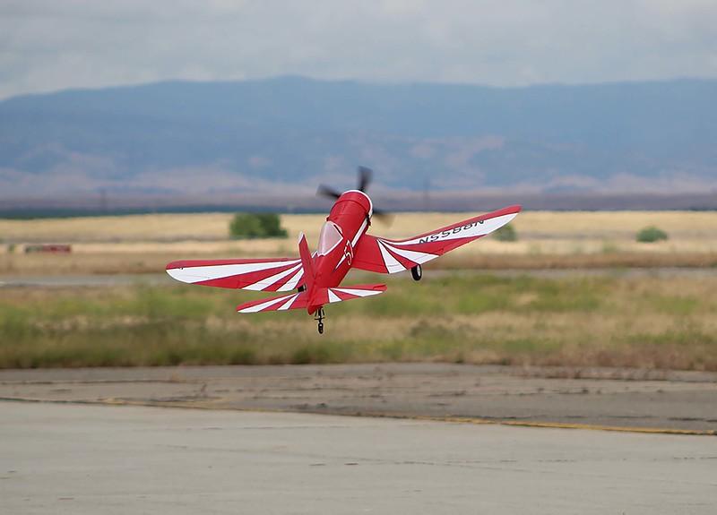 Take-off_lo.jpg