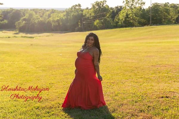Kenyanna Maternity Shoot