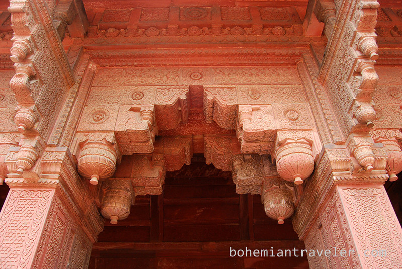 Agra Fort detail (2).jpg