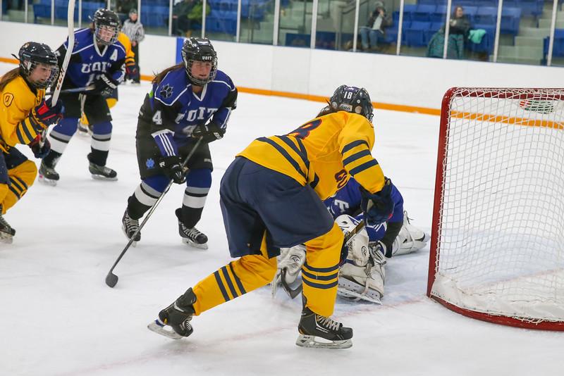 20150129 QWHockeyatUOIT 1132.JPG