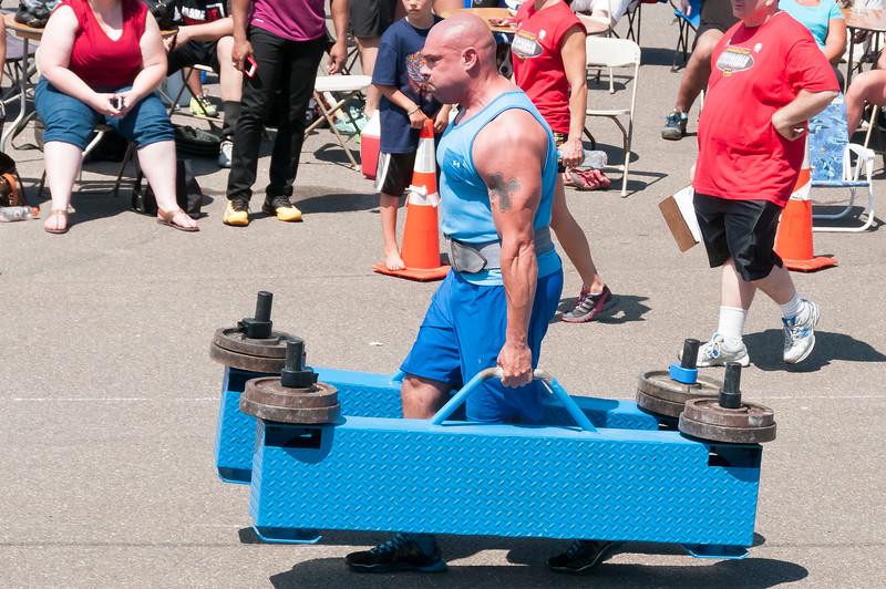 TPS Strongman 2014_ERF2139.jpg