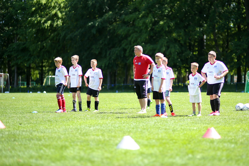 hsv_fussballschule-510_48048039182_o.jpg