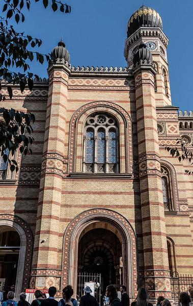 Dohany Synagogue3.jpg