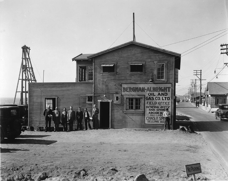 Exterior view of the Bergman-Albright Oil Company field office building in the Playa del Rey oil field on the Venice peninsula, ca.1925