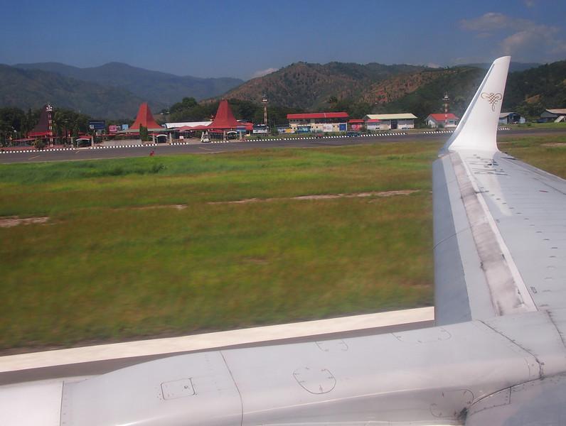 P5289033-airport-view-at-takeoff.JPG