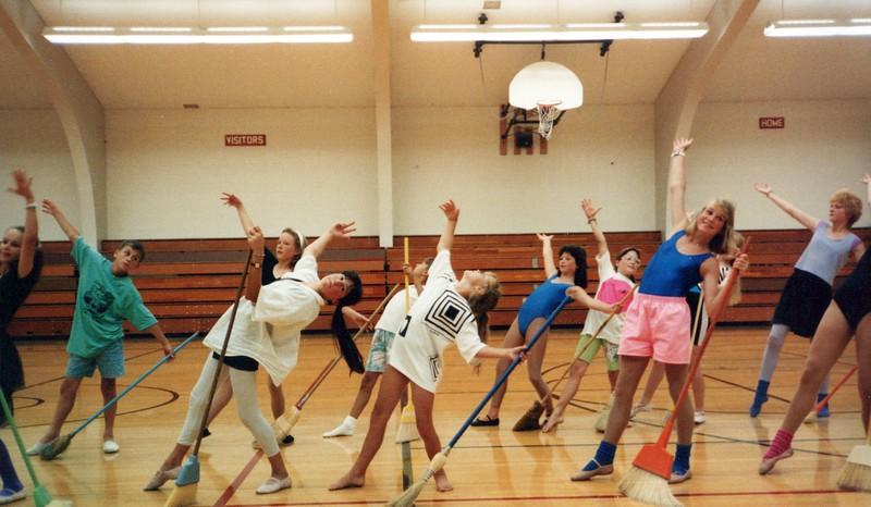 Dance_1686_a.jpg