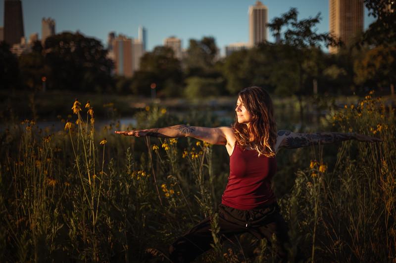 Online Yoga - Lincoln Park Shoot-274.JPG