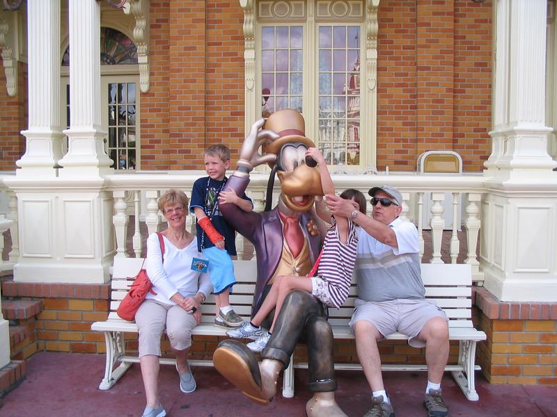 Disney 2012 003.JPG