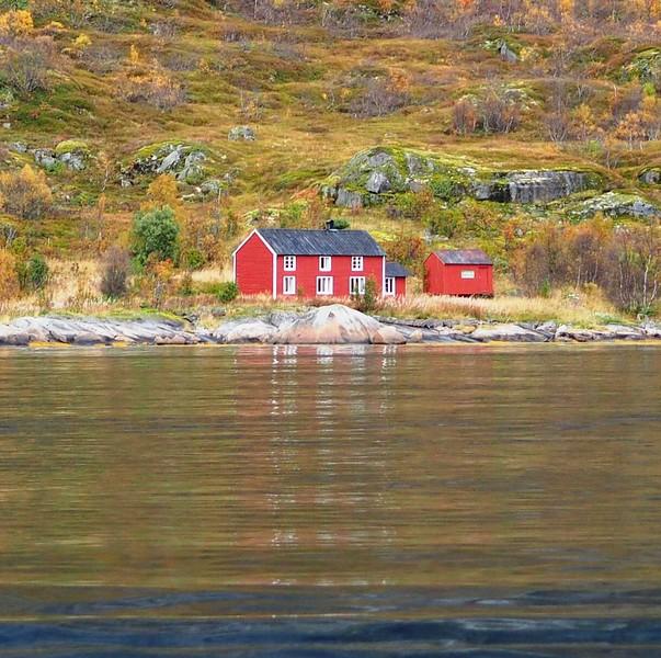 Cruise to Trollfjorden (13).JPG