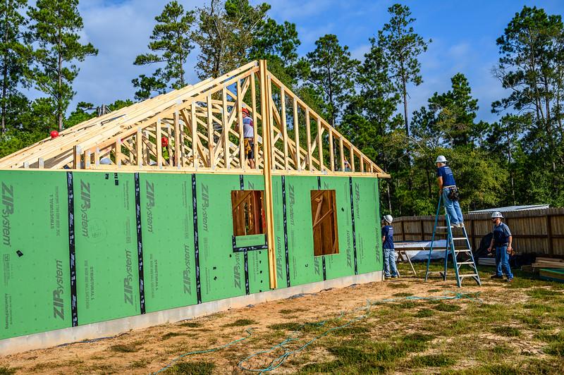 Don Rueter - Habitat Truss Raising-19.jpg