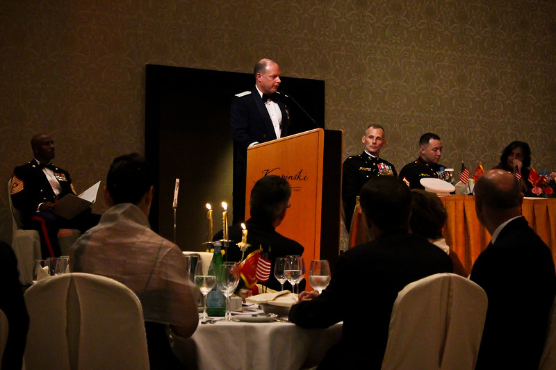 Marine Corps Ball WEB SIZE for print 11.2.12 (104 of 327).JPG