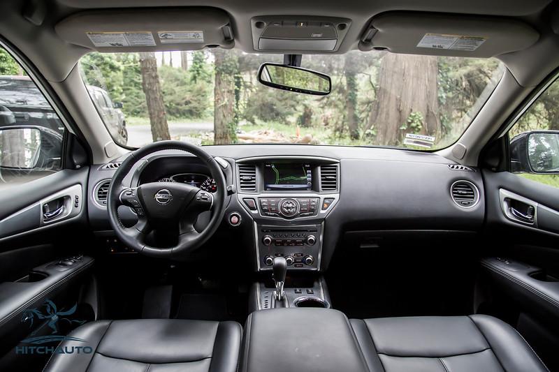 NissanPathfinderSL_White_XXXXXXX-8406.jpg