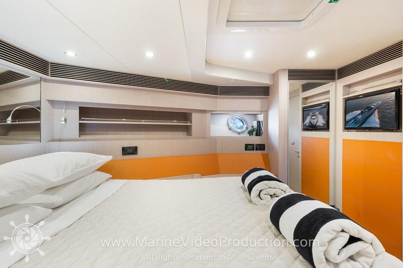 ISOLA Yacht_Interiors12.jpg