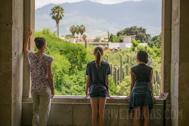Oaxaca Riveted Kids (010).jpg