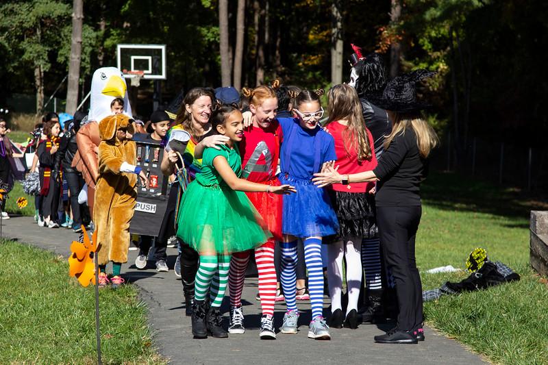 Halloween Fun_6th grade Alvin girls in route.JPG