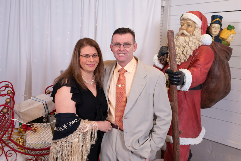 20191202 Wake Forest Health Holiday Provider Photo Booth 032Ed.jpg