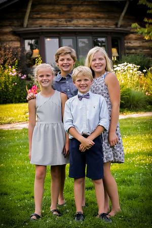 Johnson Family @ Stout's Lodge
